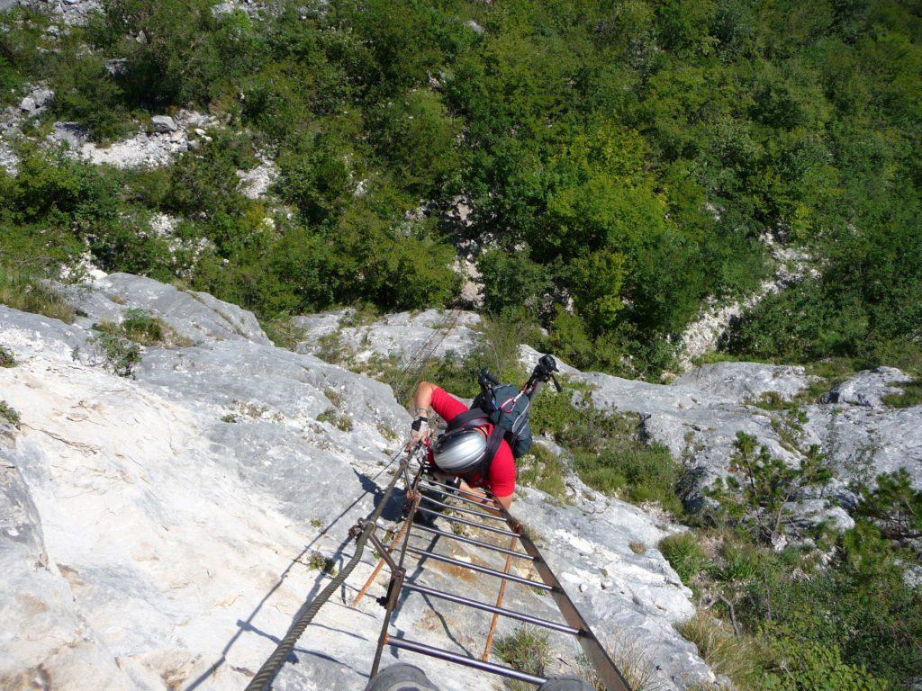 Lange Leitern hoch überm Gardasee