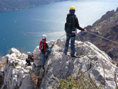 Cima Capi - Blick auf Gardaseeberge von der Ferrata Fausto Susatti