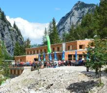 Wiedereröffnung der Höllentalangerhütte an der Zugspitze