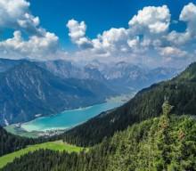 Bergabenteuer und Badespaß am Achensee