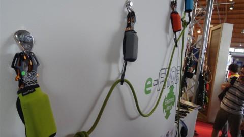 e-Frog – elektronisch öffnende Karabiner von Electronic Hand und Kong