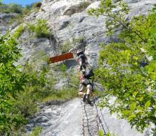Deutscher (26) stirbt nach Steinschlag auf Klettersteig am Gardasee