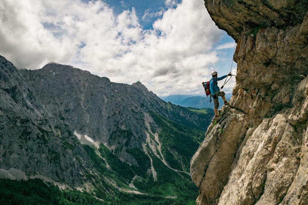 herrliche Panoramaquerung im Klettersteig Stripsenkopf