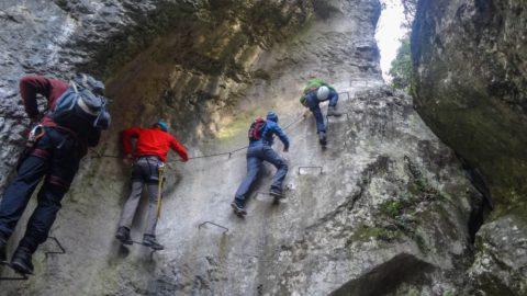 Die besten Schluchten Klettersteige – Schluchtensteige für heiße Tage