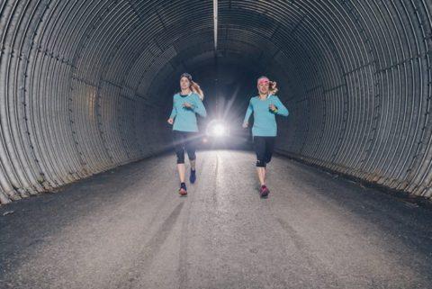 Viking Footwear Power Girls sammeln beim GORE-TEX® Transalpine-Run für Outdoor against Cancer