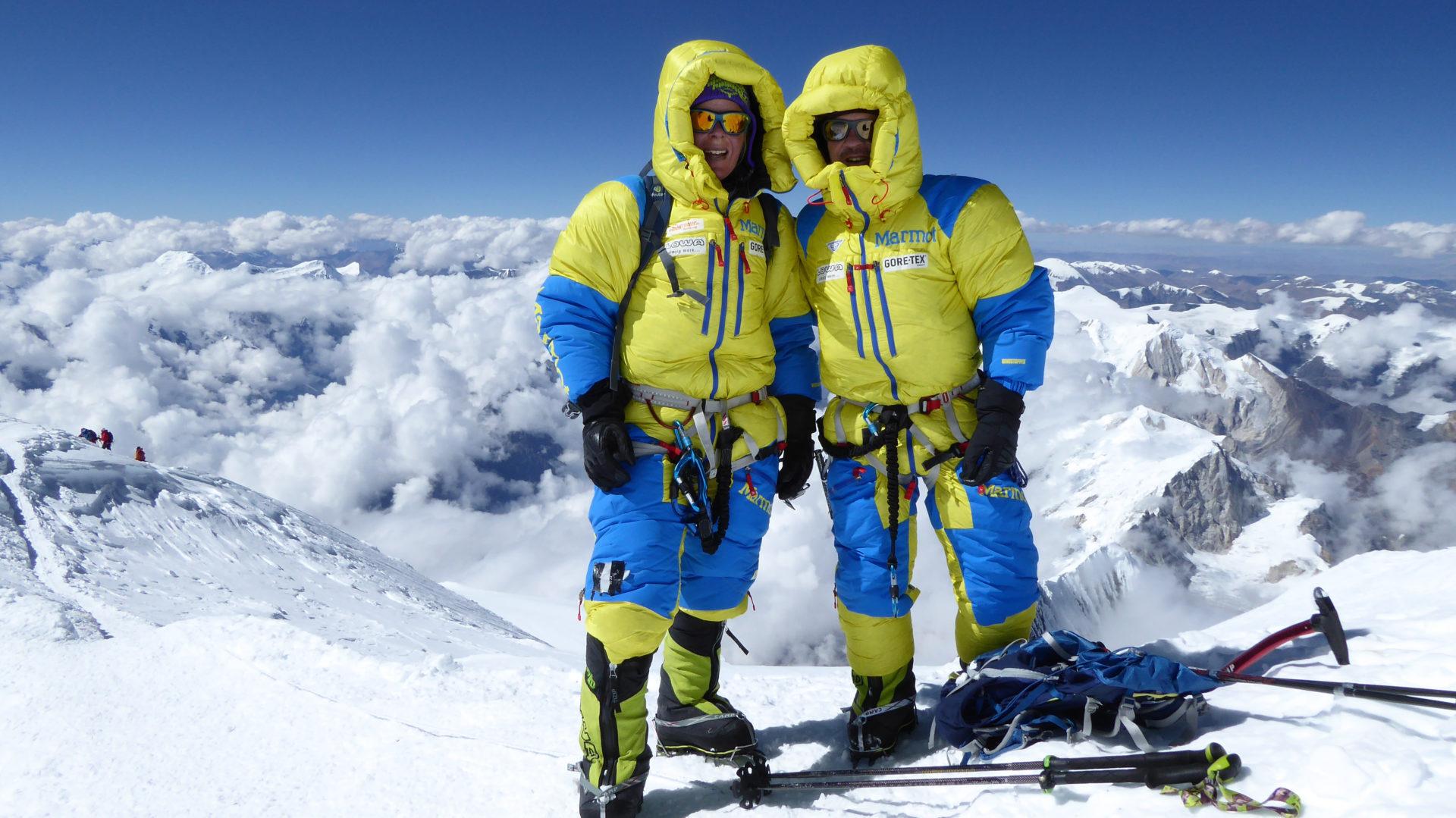 Alix von Melle und Luis Stitzinger am Gipfel des Manaslu