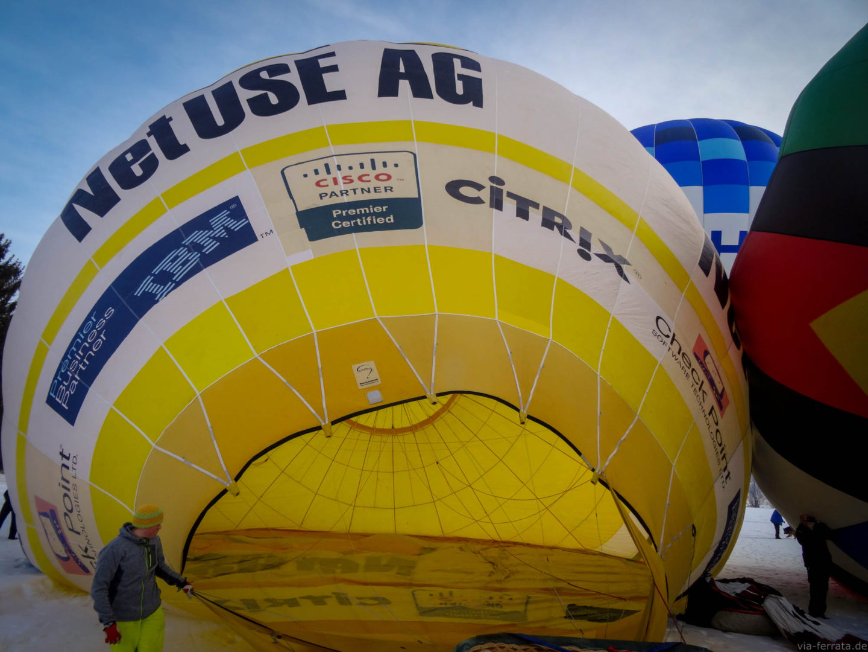 Aufblasen des Ballons